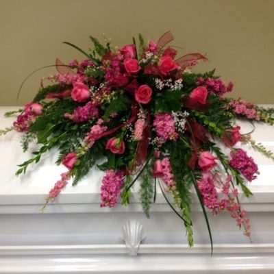 Wright Flower Company pink roses and pink spring flowers