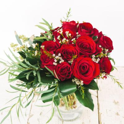 Bundle_of_Love_Red_Roses_33